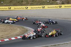 Start: Markus Pommer, Motopark Dallara Volkswagen passes Antonio Giovinazzi, Jagonya Ayam with Carlin Dallara Volkswagen for the lead