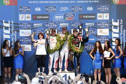 Podium: race winner Jose Maria Lopez, Citroën C-Elysée WTCC, Citroën World Touring Car team, second place Sébastien Loeb, Citroën C-Elysée WTCC, Citroën World Touring Car team, third place Norbert Michelisz, Honda Civic WTCC, Zengo Motorsport