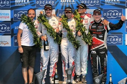 Podium: race winner Ma Qing Hua, Citroën C-Elysée WTCC, Citroën World Touring Car team, second place Yvan Muller, Citroën C-Elysée WTCC, Citroën World Touring Car team, third place Gabriele Tarquini, Honda Civic WTCC, Honda Racing Team JAS