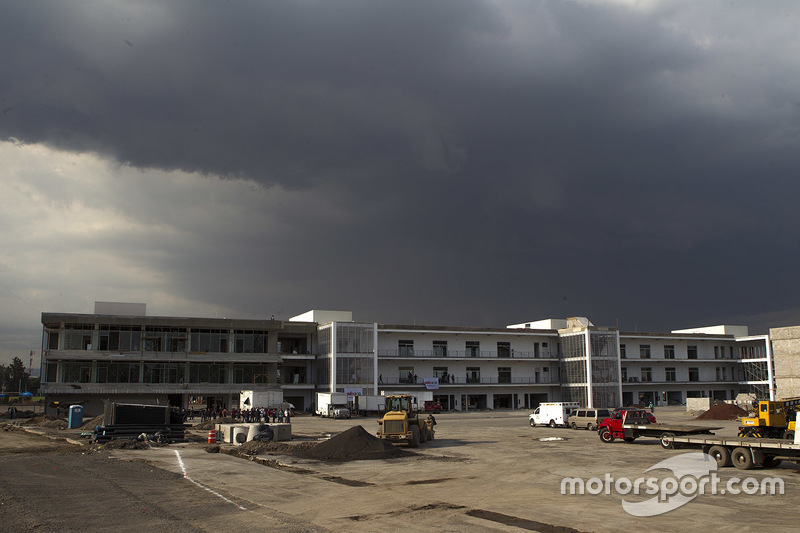 Autódromo Hermanos Rodríguez, zona de suites