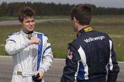 Sèbastien Ogier and Chess champion Magnus Carlsen test the VW Polo R