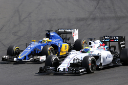 Marcus Ericsson, Sauber F1 Team and Felipe Massa, Williams F1 Team