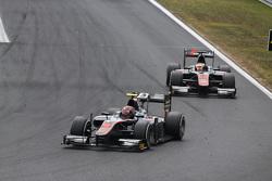 Nobuharu Matsushita, ART Grand Prix leads Stoffel Vandoorne, ART Grand Prix