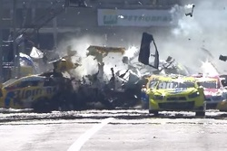 Massive crash with Thiago Camilo and Felipe Fraga