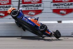 Charlie Kimball, Chip Ganassi Racing crashes