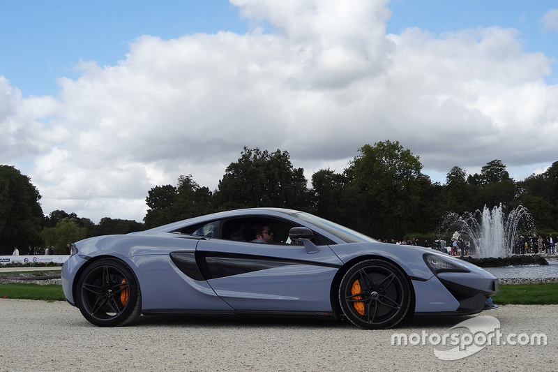 mclaren 570s at chantilly arts and elegance. Black Bedroom Furniture Sets. Home Design Ideas