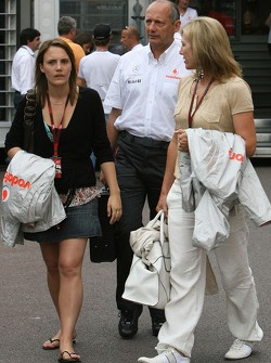 Ron Dennis, McLaren, Team Principal, Chairman, Lisa Dennis, Wife of Ron Dennis and the daughter of Ron Dennis