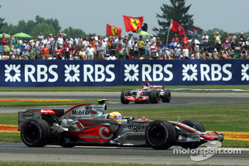 Lewis Hamilton, McLaren Mercedes, MP4-22 and Fernando Alonso, McLaren Mercedes