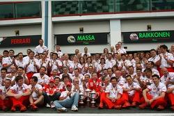 Kimi Raikkonen, Scuderia Ferrari, Felipe Massa, Scuderia Ferrari, Jean Todt, Scuderia Ferrari, Ferrari CEO, Ferrari celebration
