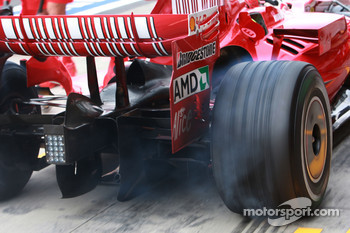 Wheel spin, car of Felipe Massa, Scuderia Ferrari