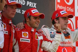 Podium: second place Kimi Raikkonen, race winner Felipe Massa and third place Fernando Alonso