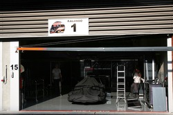 McLaren Mercedes, pack up at the end of the day
