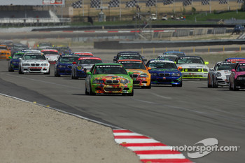 GS start: #99 Automatic Racing BMW M3: Tom Long, David Russell leads the field