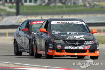 #76 Kensai Racing Acura TSX: Karl Thomson, Billy Johnson