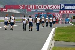 Heikki Kovalainen, Renault F1 Team, Giancarlo Fisichella, Renault F1 Team