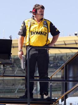 Robbie Reiser, Matt Kenseth's crew chief, looks on