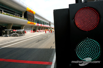 Pit Exit lights