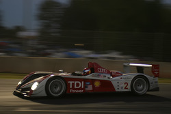 #2 Audi Sport North America Audi R10 TDI Power: Marco Werner, Lucas Luhr