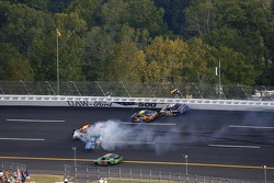 Multiple cars crash with Elliott Sadler, Tony Raines, Greg Biffle and Michael Waltrip
