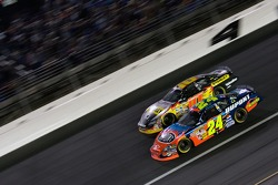 Jeff Gordon and Scott Riggs battle