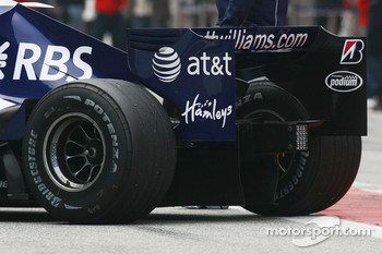Williams F1 Team, FW29-B, Rear Structure