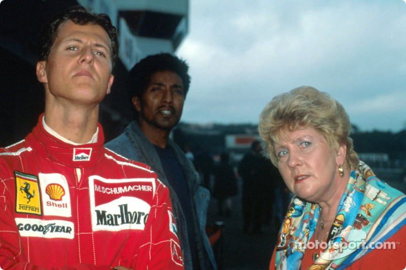 Photo of Michael Schumacher & his  Mother  Elisabeth Schumacher
