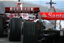 Kimi Raikkonen, Scuderia Ferrari, Lewis Hamilton, McLaren Mercedes