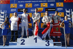 Podium: race winner Jose Maria Lopez, Citroën C-Elysée WTCC, Citroën World Touring Car team, second place Yvan Muller, Citroën C-Elysee WTCC, Citroën World Touring Car team, third place Sébastien Loeb, Citroën C-Elysée WTCC, Citroën World Touring Car team