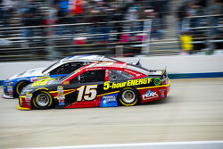 Clint Bowyer, Michael Waltrip Racing Toyota and Ricky Stenhouse Jr., Roush Fenway Racing Ford