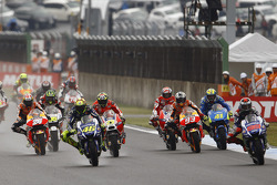 Inicio: Jorge Lorenzo, Yamaha Factory Racing lidera