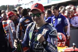 Jorge Lorenzo, Yamaha Factory Racing fête sa deuxième place dans le Parc Fermé