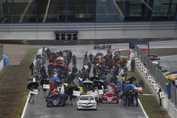 FR 2.0 starting grid