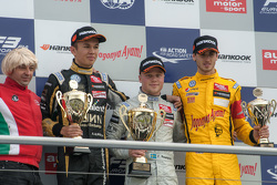 Race 3 Podium: second place Alexander Albon, Signature Dallara Volkswagen and winner Felix Rosenqvist, Prema Powerteam Dallara Mercedes-Benz and third place Antonio Giovinazzi, Jagonya Ayam with Carlin Dallara Volkswagen
