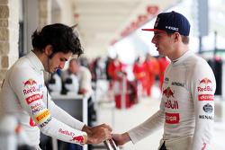 (L to R): Carlos Sainz Jr., Scuderia Toro Rosso with team mate Max Verstappen, Scuderia Toro Rosso
