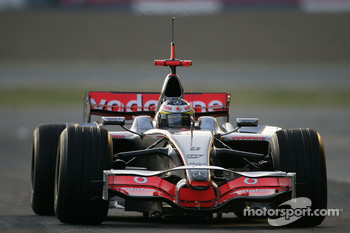 Pedro de la Rosa tests the new McLaren Mercedes MP4-23