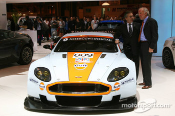 David Richards unveils the Aston Martin DBR9