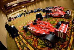 Chip Ganassi Racing with Felix Sabates: the IRL IndyCar Series cars