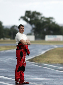 Mark Skaife looks down pit lane (Toll Holden Racing Team Commodore VE)
