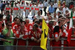 Scuderia Ferrari wait for Kimi Raikkonen, Scuderia Ferrari to come onto the podium