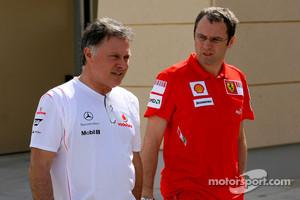 Dave Ryan (left) returns to F1