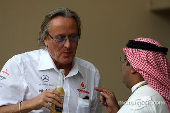 Sheikh Fawaz Al Khalifa and Mansour Ojeh, Commercial Director of the TAG McLaren