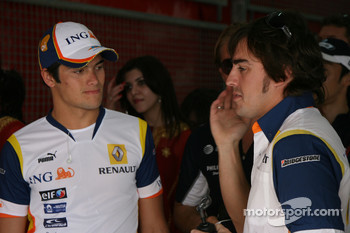 Nelson A. Piquet, Renault F1 Team and Fernando Alonso, Renault F1 Team