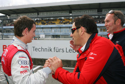 Hans-Jurgen Abt, Teamchef Abt-Audi, congratulates Oliver Jarvis, Audi Sport Team Phoenix, with his performance in qualifying
