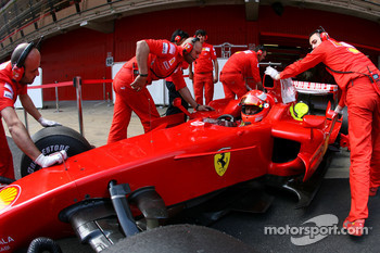 Michael Schumacher, Test Driver, Scuderia Ferrari, on slicks