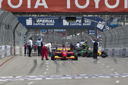 Cars take the grid