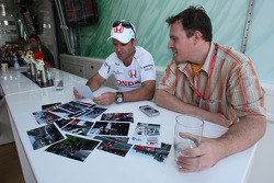 Rubens Barrichello, Honda Racing F1 Team goes through pictures of his career