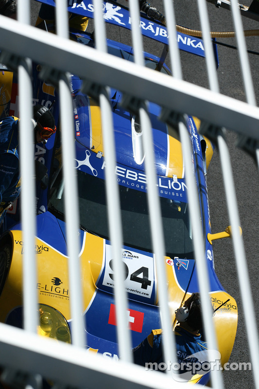 Tiger in a cage: #94 Speedy Racing Team Spyker C8 Laviolette GT2R: Benjamin Leuenberger, Andrea Chiesa, Alexander Iradj