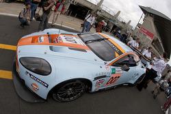 Aston Martin Racing Aston Martin DBR9