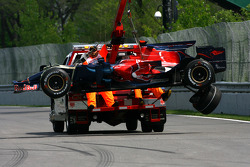 Sébastien Bourdais, Scuderia Toro Rosso after he touch the wall