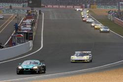 Start: #53 Vitaphone Racing Team Aston Martin DBR9: Alexandros Margaritis, Peter Hardman, Nick Leventis